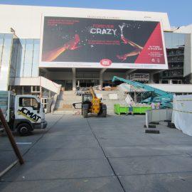installation de plaques de roulage Stabéco devant le grand palais Cannes