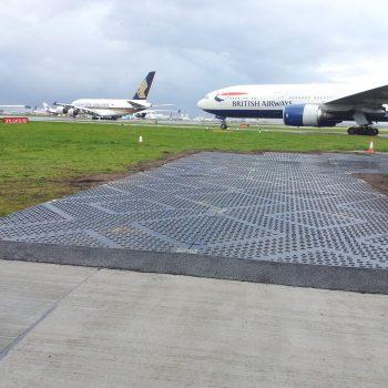 plaque de roulage Stabmax de Stabline en aéroport