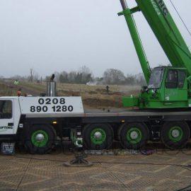 grue de chantiers sur les plaques de roulage Stabmax de Stabline
