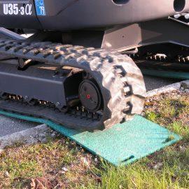 grue de chantier sur plaques de roulage Stabplates par Stabline