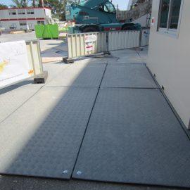 protection des sols sur chantier avec les plaques de roulage Stabéco de Stabline