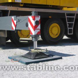 plaque de calage Stabline pour immobiliser un camion de chantier